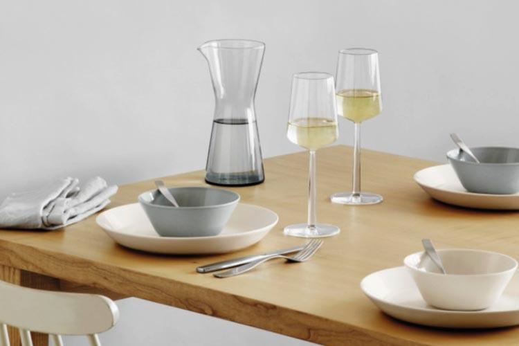Iittala Teema starter set and Essence glasses