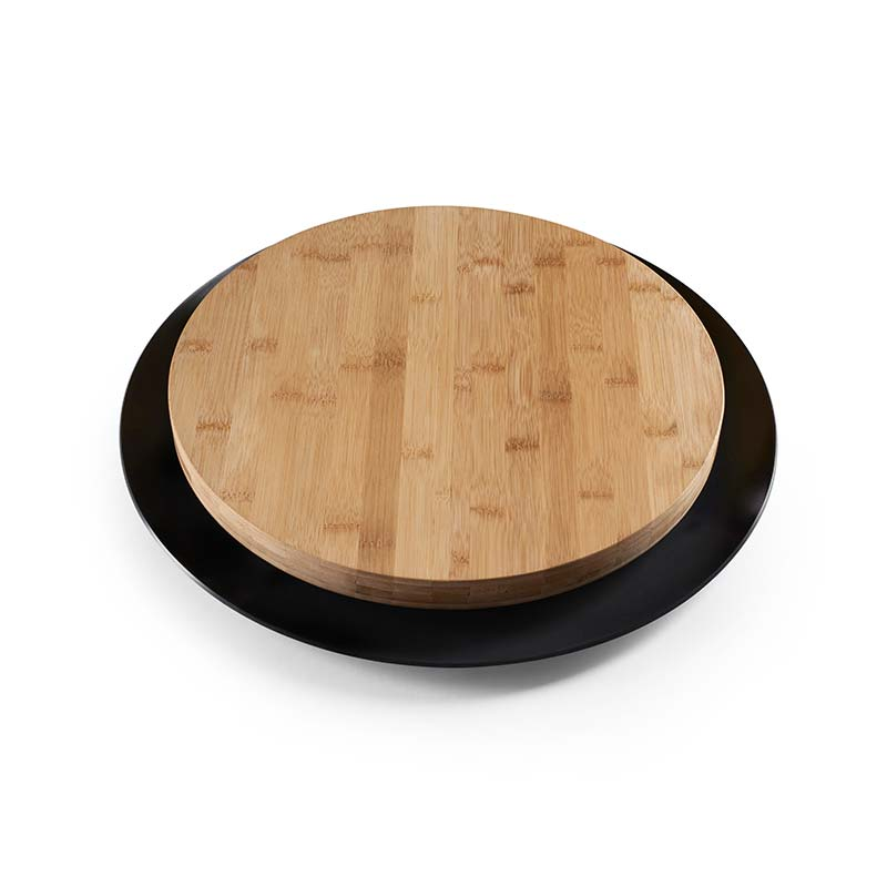Design House Stockholm Trancher Cutting Board by Stig Ahlstrom