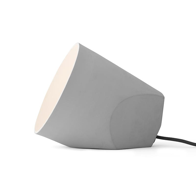 Menu On The Edge Lamp by Noidoi Design Studio