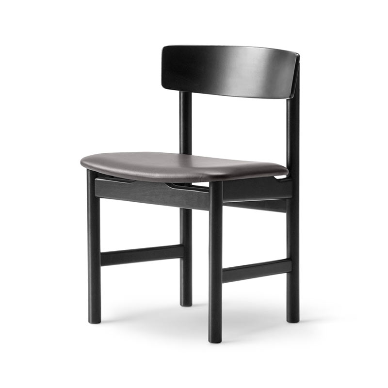 Fredericia 3236 Chair in 88 Black semi aniline leather by Borge Mogensen (3)