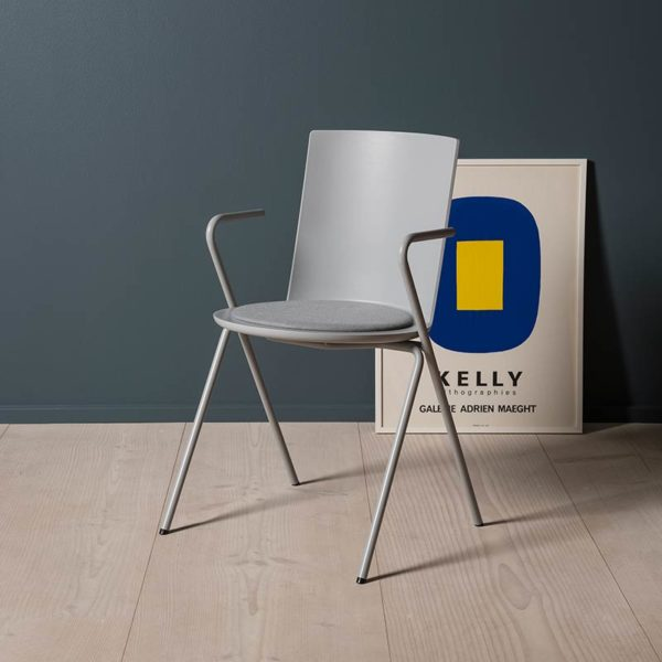 Acme Chair A-Base Armchair