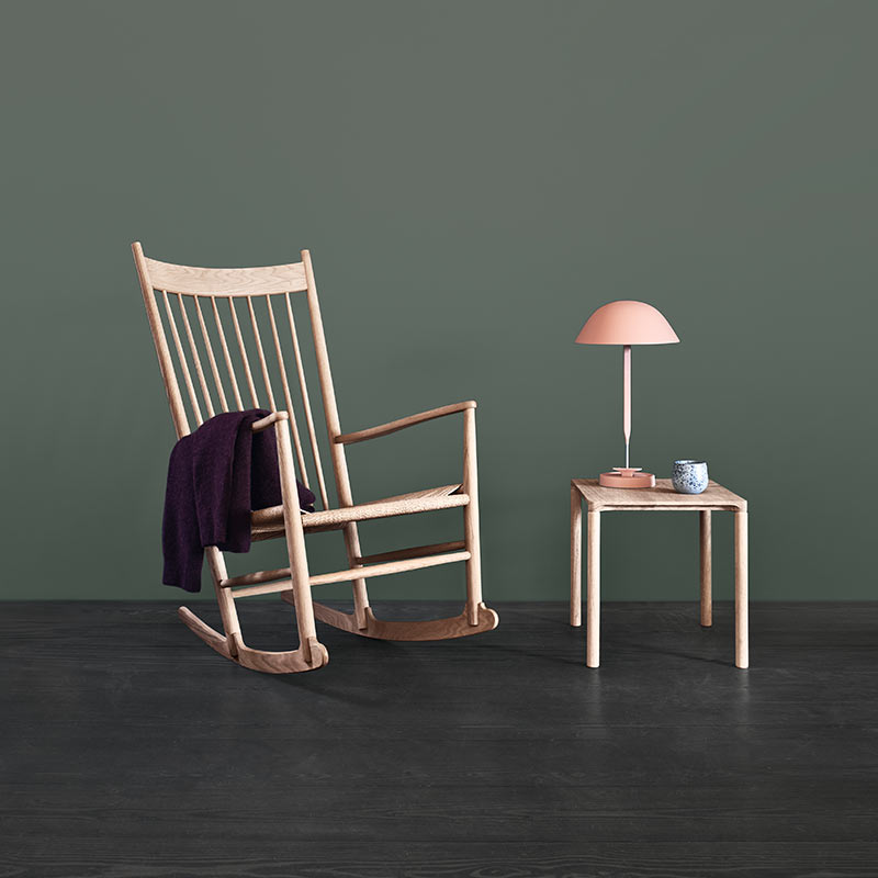 Fredericia J16 Rocking Chair in Natural paper cord by Hans Wegner (3)
