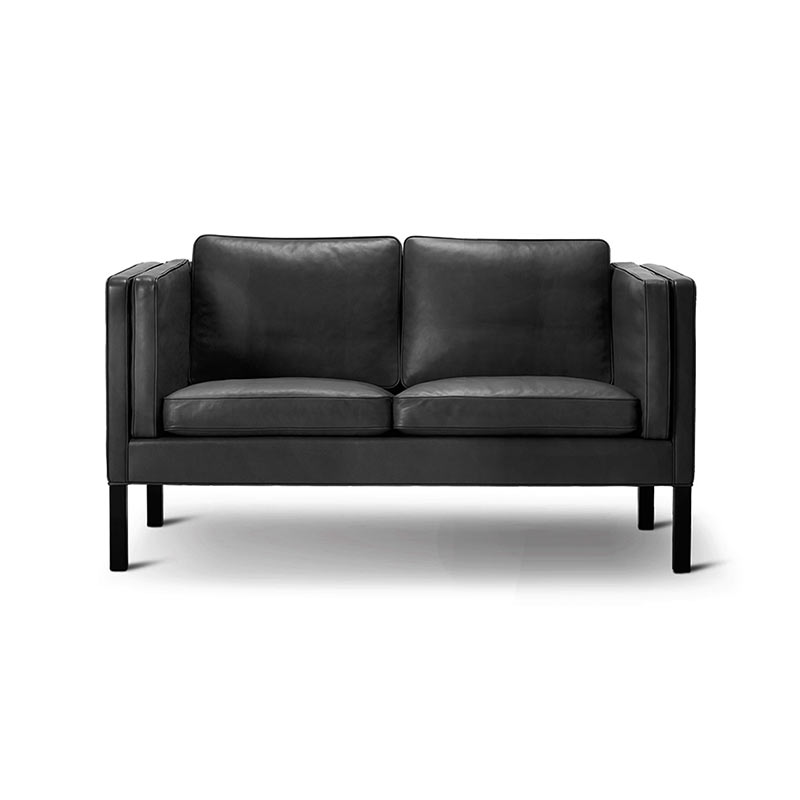 Fredericia Select 2332 Two Seat Sofa by Borge Mogensen
