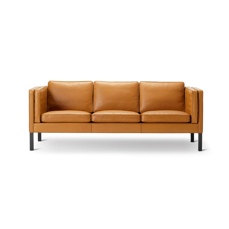 Fredericia Select 2333 Three Seat Sofa by Borge Mogensen