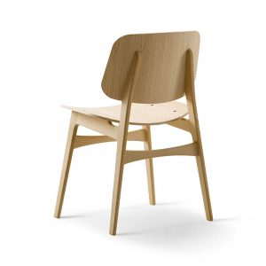 Fredericia-Soborg-Chair-with-Wooden-Base-in-Lacquered-oak-by-Borge-Mogensen-2