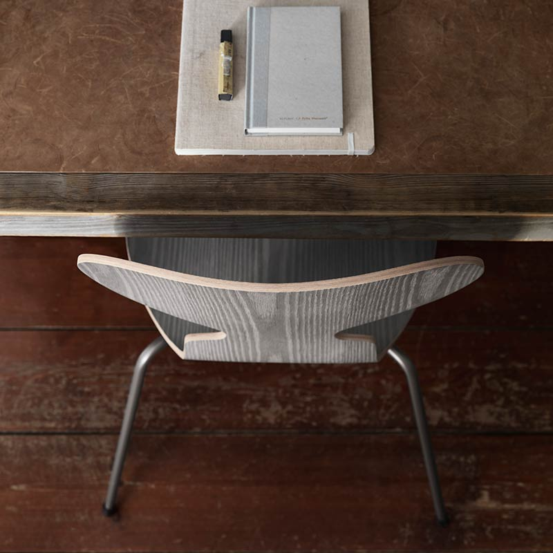 Buy Fritz Hansen S Ant Chair With Three Legs In Natural