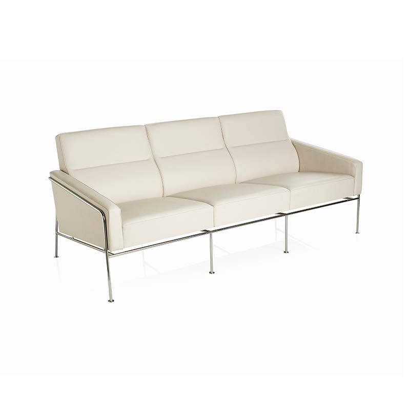 Fritz Hansen Series 3300 Three Seat Sofa by Arne Jacobsen