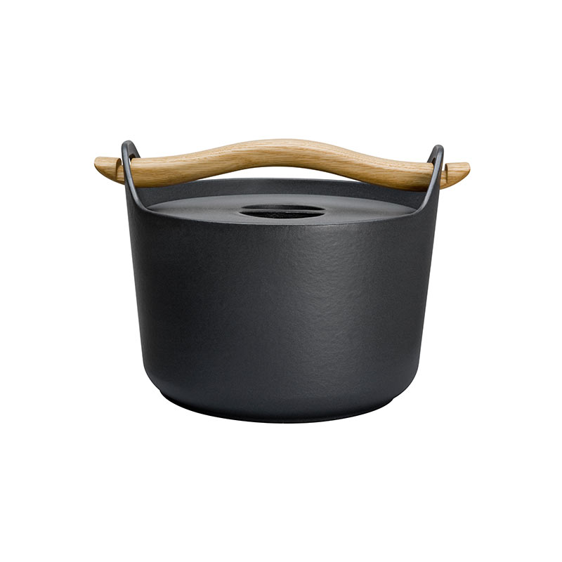 Iittala Sarpaneva Casserole 3.0L with Wooden Handle by Timo Sarpaneva