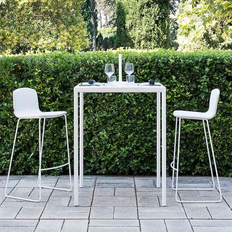 Inclass Sui 70x70cm Bistro Table by Carlos Tíscar