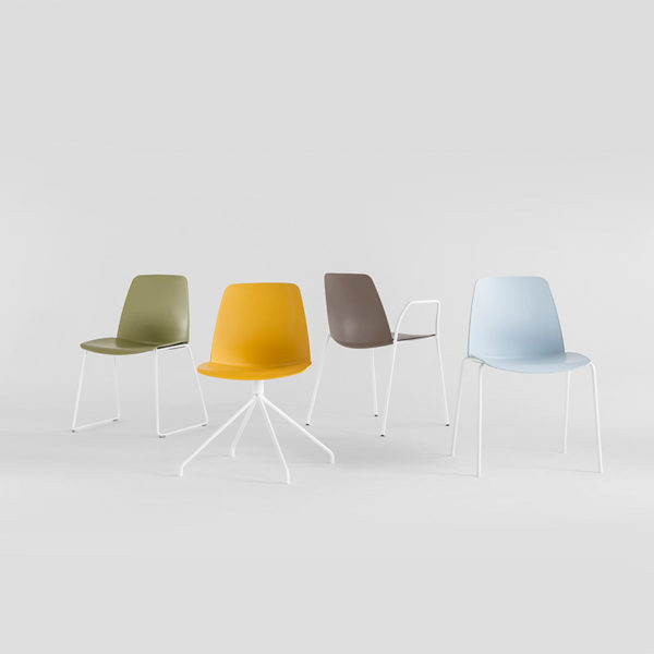Unnia Armchair with Four Leg Base
