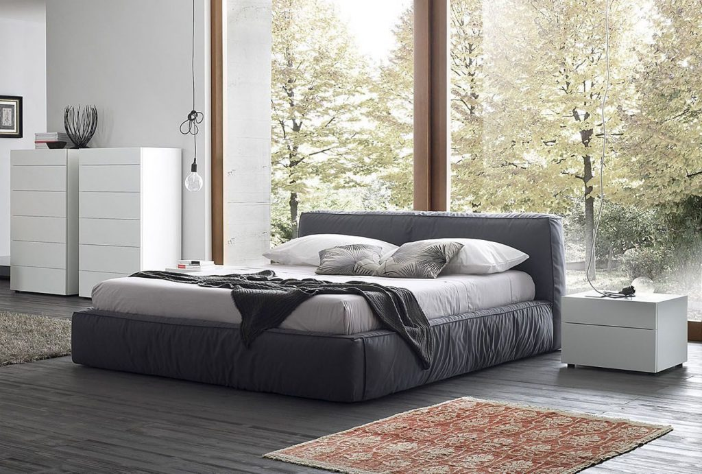 Out of Sight, Out of Mind - De-Clutter - Twist Bed - Body Image