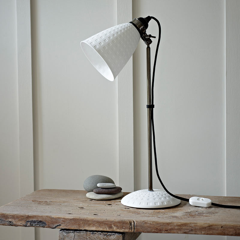 Hector 21 Table Lamp By Original Btc 2