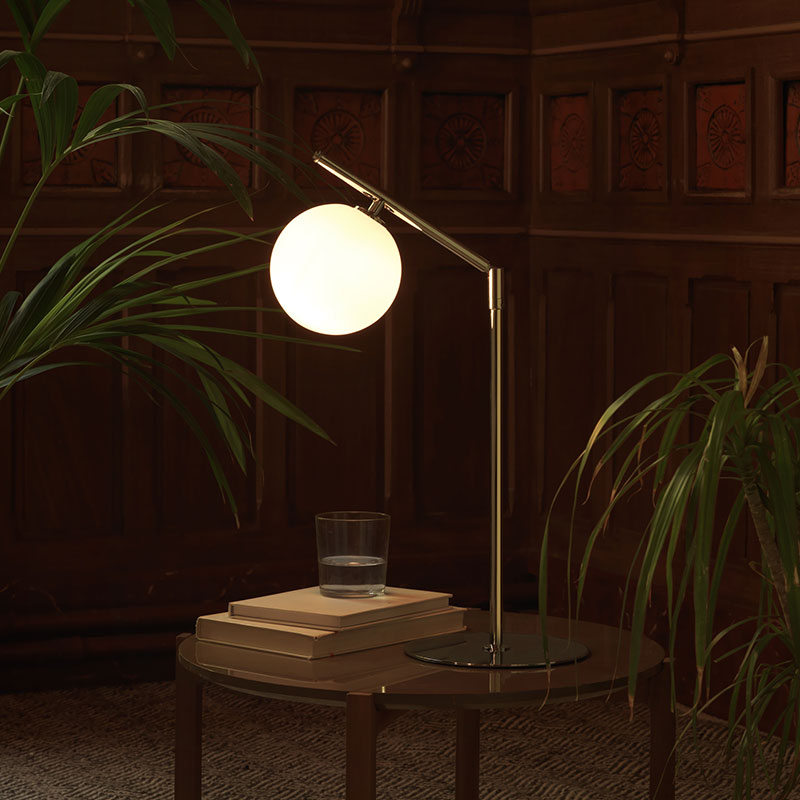 Aromas Endo Table Lamp by Pepe Fornas 2