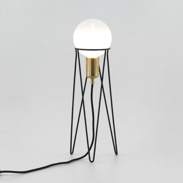 Ippot Table Lamp