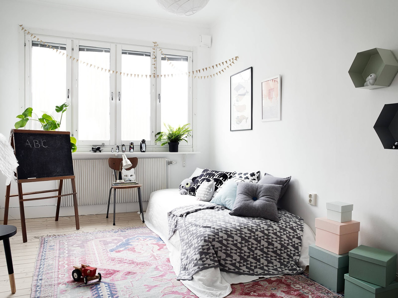 Cosy-Scandinavian-Interior-Inspiration-Popular-Pins-Get-the-Look-Childrens Room