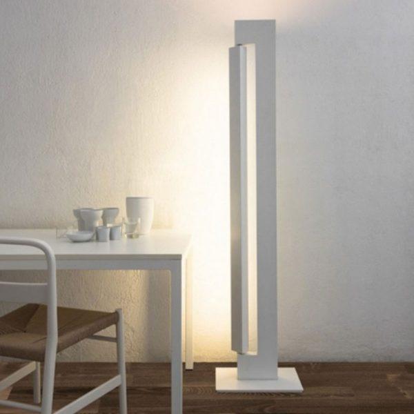 Ara Floor Lamp