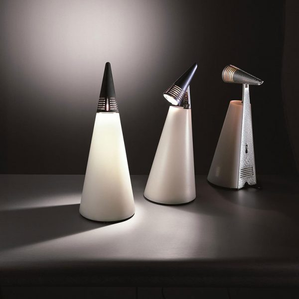 Iota Table Lamp