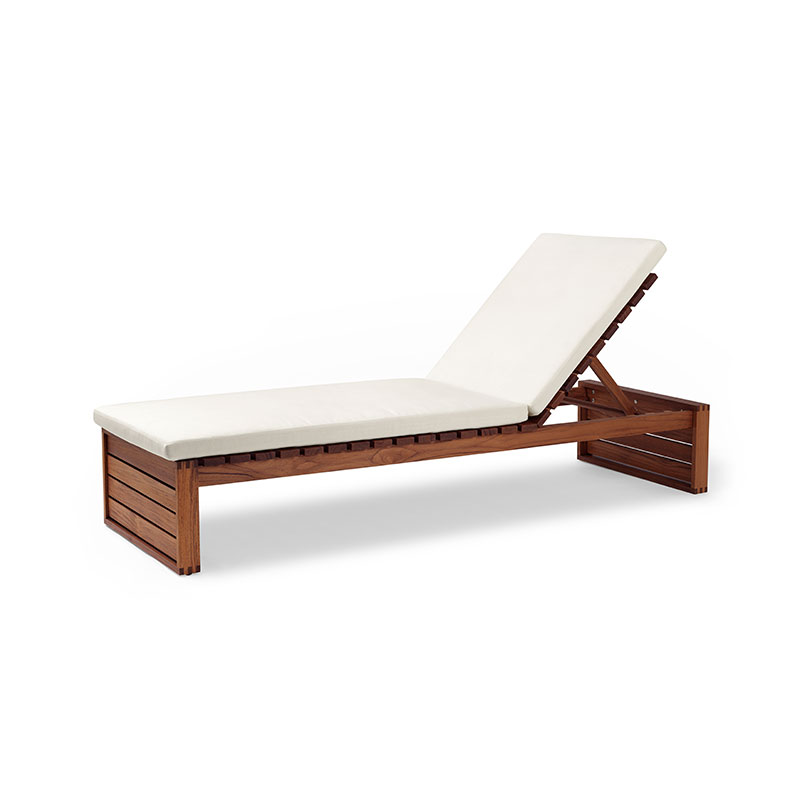 Carl Hansen BK14 Outdoor Sun Lounger by Bodil Kjær