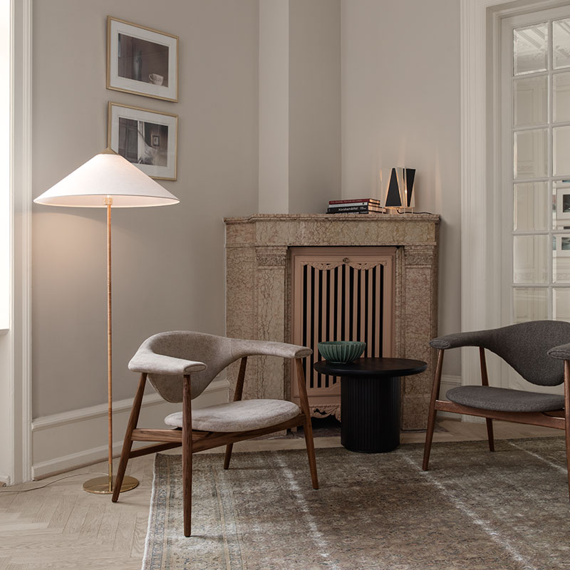 Gubi 9602 Floor Lamp by Paavo Tynell Wicker life 2