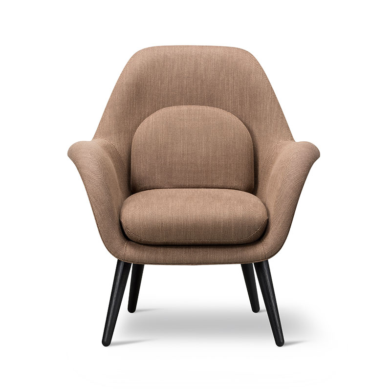 Fredericia Swoon Lounge Petit by Space Copenhagen Olson and Baker - Designer & Contemporary Sofas, Furniture - Olson and Baker showcases original designs from authentic, designer brands. Buy contemporary furniture, lighting, storage, sofas & chairs at Olson + Baker.