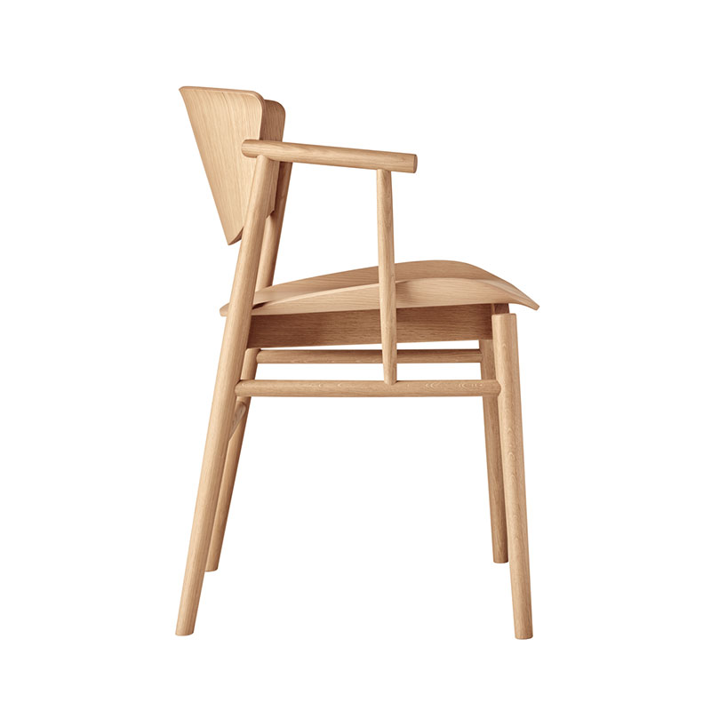 Fritz Hansen N01 Chair by Nendo Oak life 1