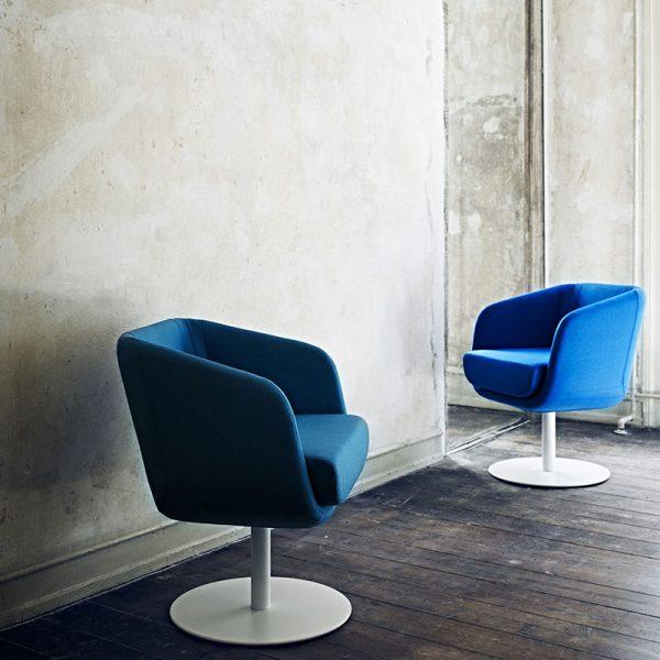 Shelly Swivel Chair