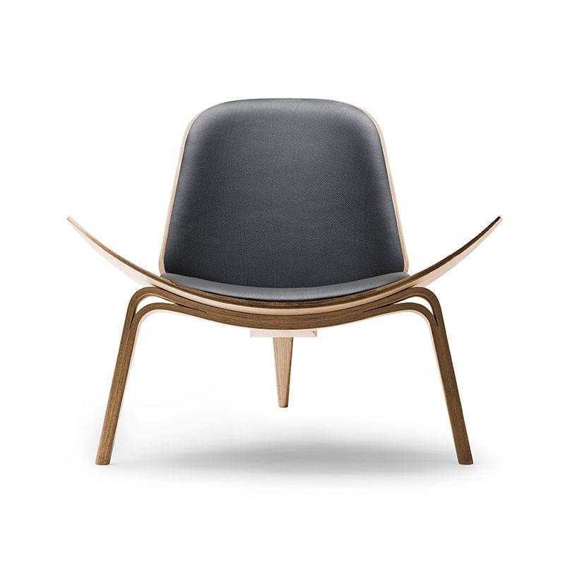 Carl Hansen CH07 Shell Lounge Chair by Hans Wegner