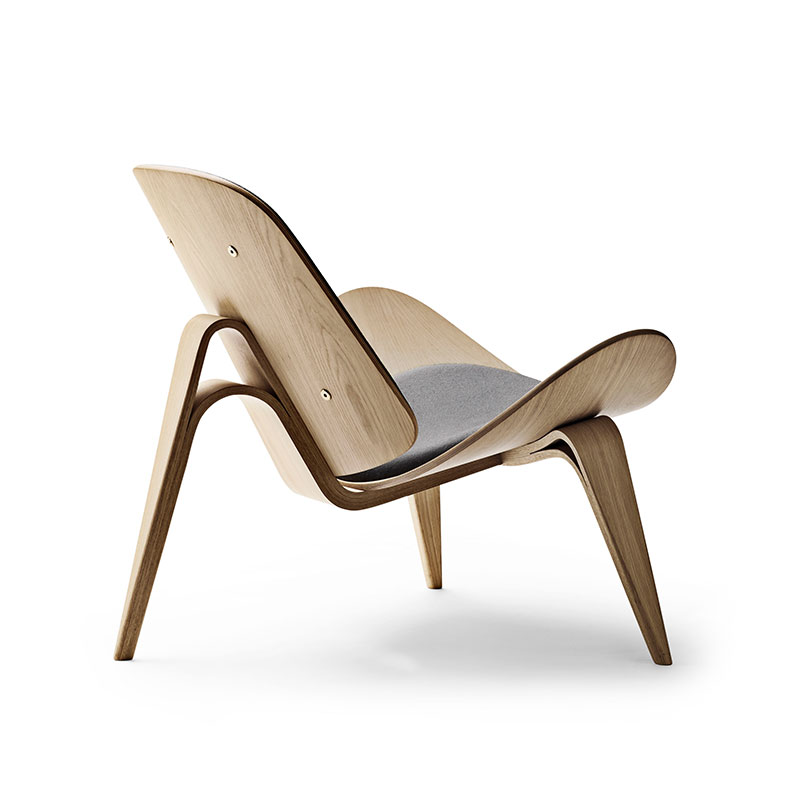 Carl Hansen CH07 Shell Lounge Chair by Hans Wegner Oak Oil Thor 301 2 Olson and Baker - Designer & Contemporary Sofas, Furniture - Olson and Baker showcases original designs from authentic, designer brands. Buy contemporary furniture, lighting, storage, sofas & chairs at Olson + Baker.