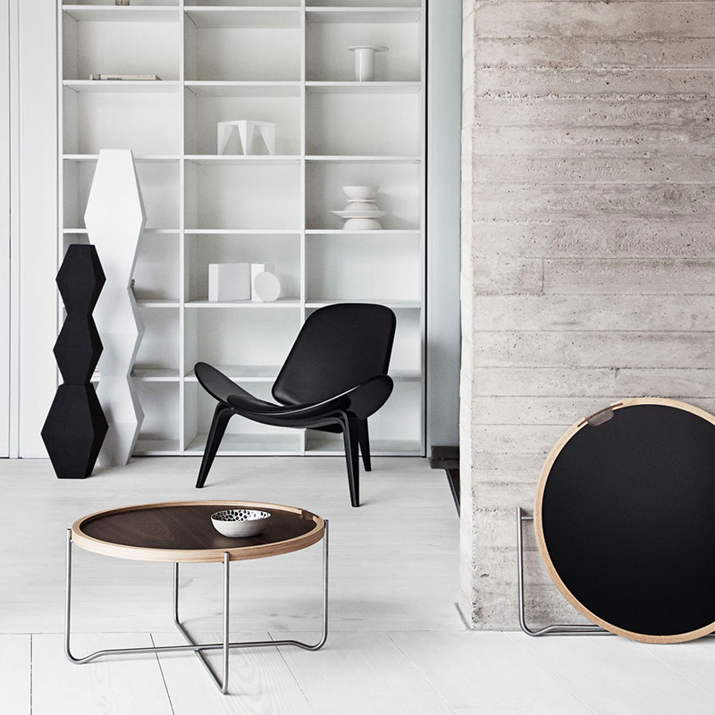 Carl Hansen CH07 Shell Lounge Chair life 7 Olson and Baker - Designer & Contemporary Sofas, Furniture - Olson and Baker showcases original designs from authentic, designer brands. Buy contemporary furniture, lighting, storage, sofas & chairs at Olson + Baker.