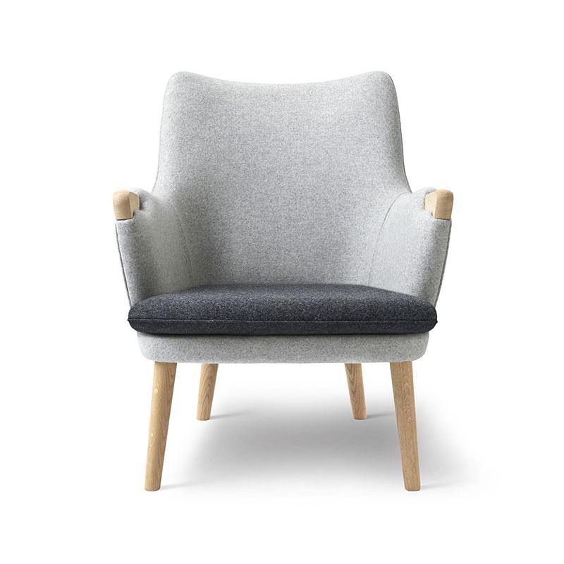 Carl Hansen CH71 Lounge Chair with Loose Seat Cushion by Hans Wegner