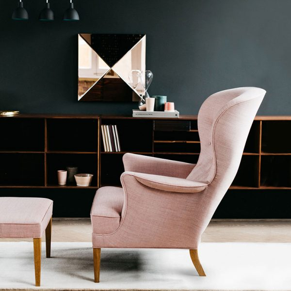 Carl Hansen FH419 Heritage Lounge Chair by Frits Hanningsen life 3 Olson and Baker - Designer & Contemporary Sofas, Furniture - Olson and Baker showcases original designs from authentic, designer brands. Buy contemporary furniture, lighting, storage, sofas & chairs at Olson + Baker.