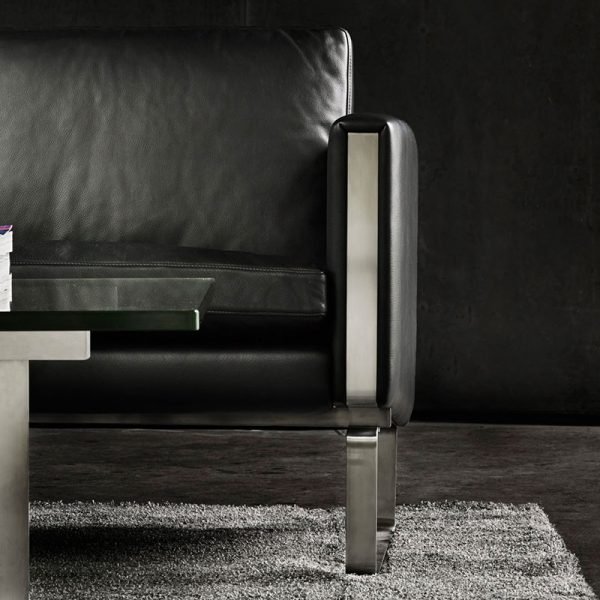 CH101 Lounge Chair