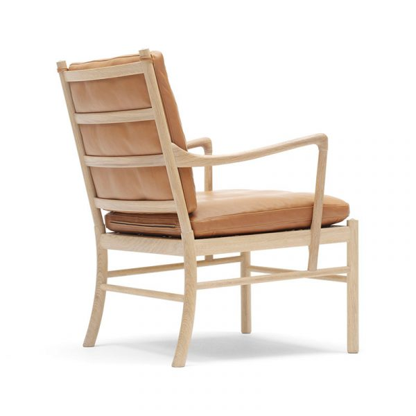 OW149 Colonial Lounge Chair