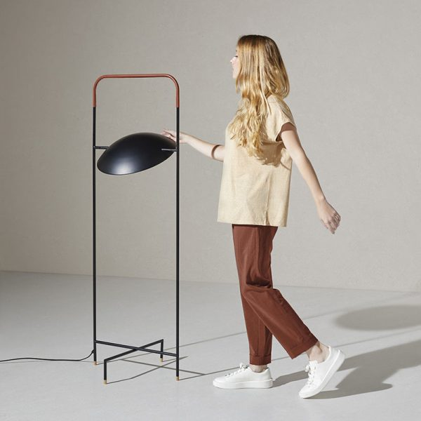 Wong Floor Lamp in Matt Black and Brown Leather