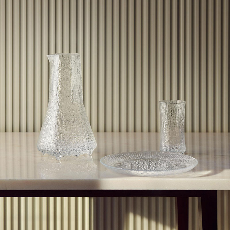 Iittala_Ultima_Thule_250mm_Plate_by_Tapio_Wirkkala_3 Olson and Baker - Designer & Contemporary Sofas, Furniture - Olson and Baker showcases original designs from authentic, designer brands. Buy contemporary furniture, lighting, storage, sofas & chairs at Olson + Baker.