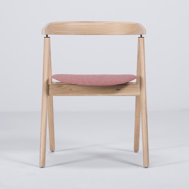 Gazzda_Ava_Chair_by_Salih_Teskeredzic_Gazzda_-_1015_White_Solid_Oak_Oiled_with_MLF03_Barbican_Main_Line_Flax_Seat_01 Olson and Baker - Designer & Contemporary Sofas, Furniture - Olson and Baker showcases original designs from authentic, designer brands. Buy contemporary furniture, lighting, storage, sofas & chairs at Olson + Baker.