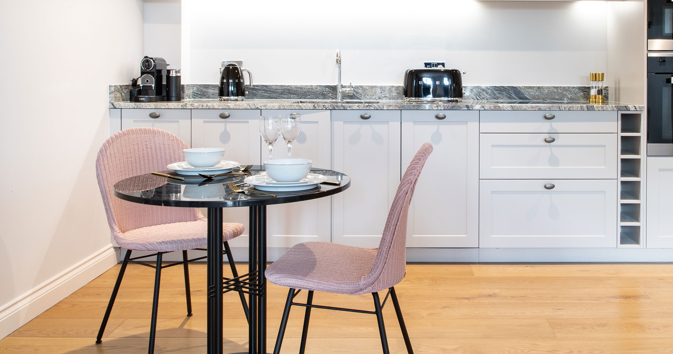 Clair-Strong-Interior-Design-Olson-and-Baker-Cotswolds-Residential-Wide-Kitchen