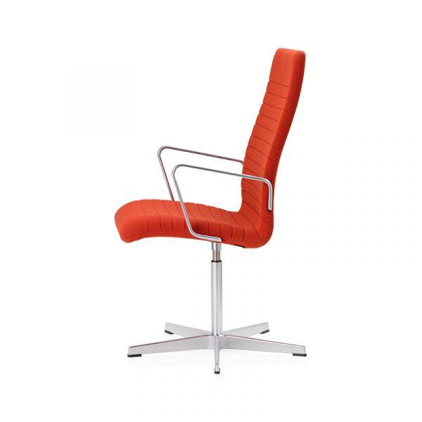 Oxford Premium Medium Back Armchair with Fixed Swivel Base