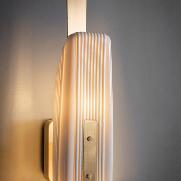 Glaive Wall Lamp